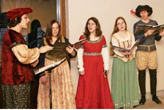 The Elizabethans: mostly Renaissance Not only do they sing Elizabethan, they dress Elizabethan.