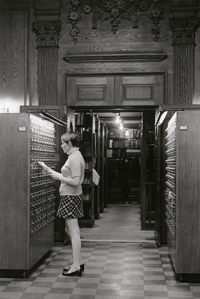 A Bennington College student uses the Stetson card catalog (ca. 1965)