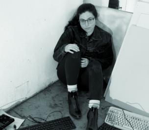 Photo of Phoebe Mattana in her studio.