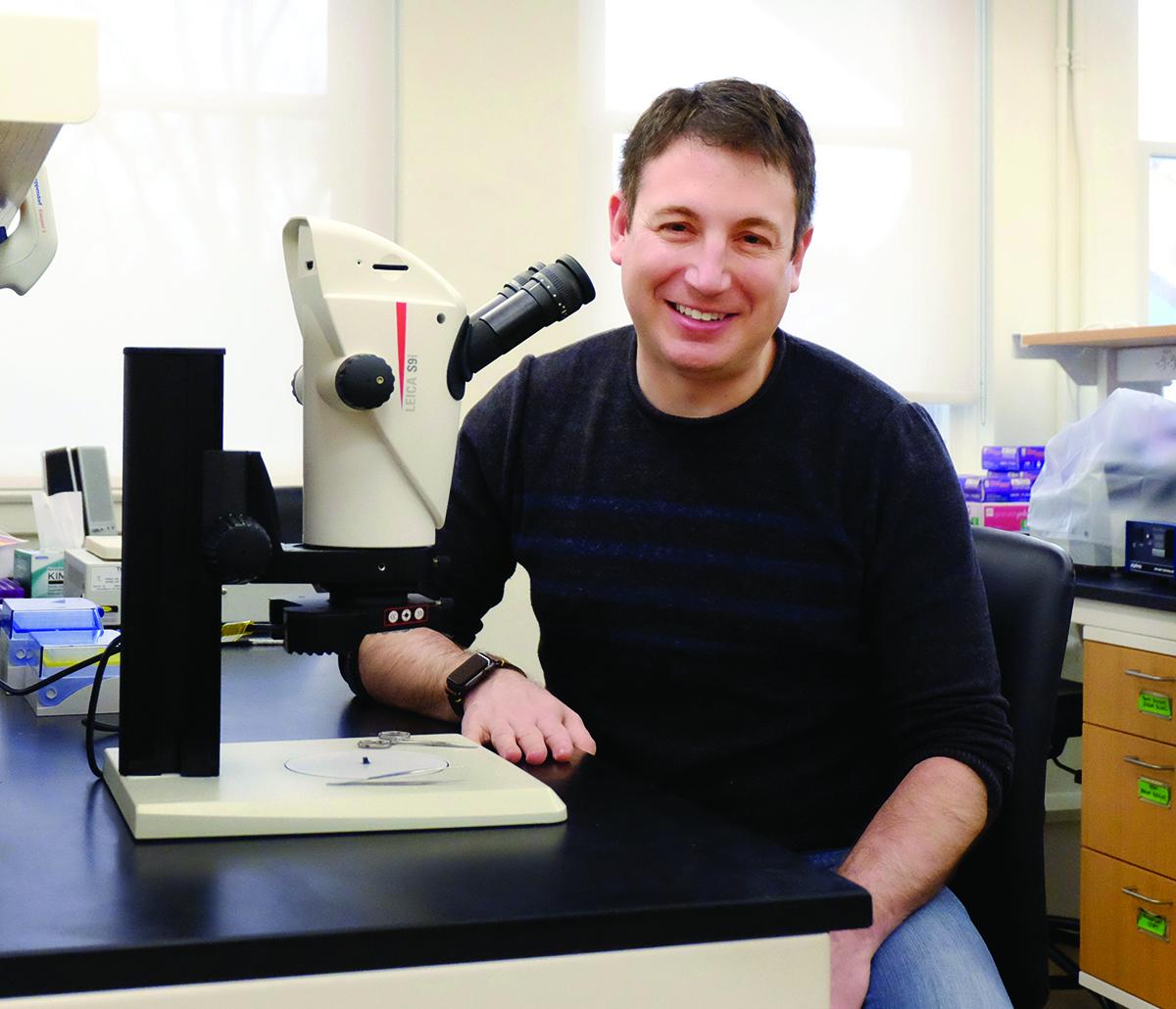 Photo of Professor Matt Carter in his lab