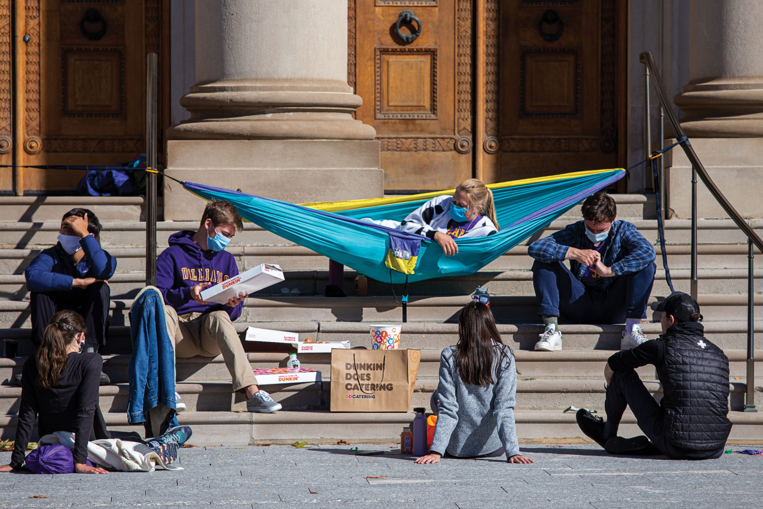 A popular fall hangout on the steps of Chapin Hall.